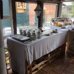 Frühstücksbuffet auf dem Hof Rodenbeckenschnieder