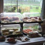 Frühstücksbuffet auf Hof Rodenbeckenschnieder
